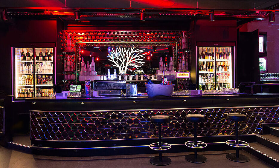 remembar linz, bar design, bar einrichtung, disco einrichtung, disco bar, theke