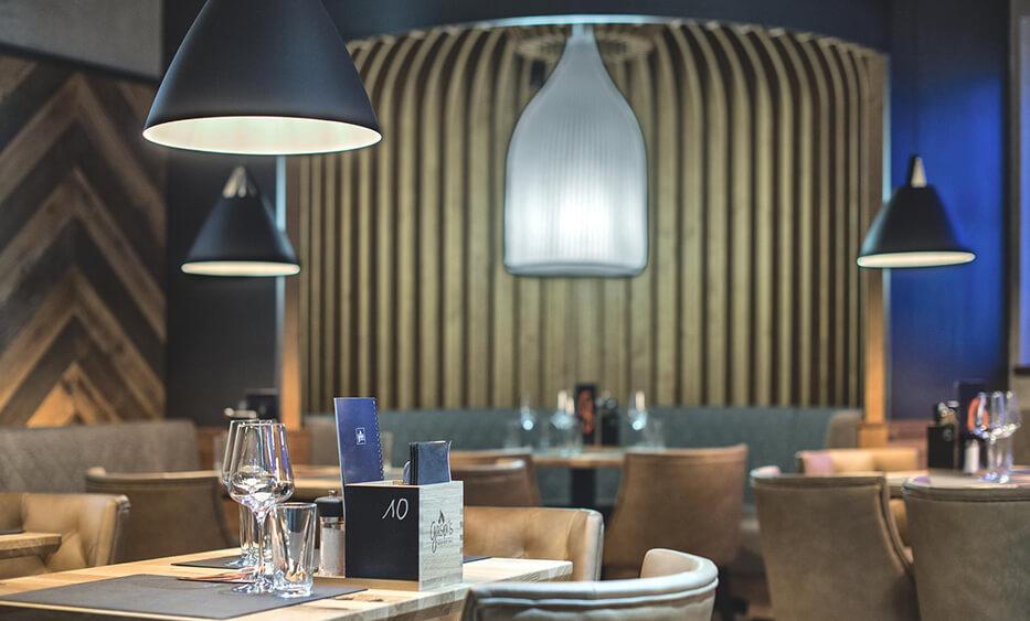 gaspis gerlos, gastronomie möbel, restauranteinrichtung, licht einrichtung