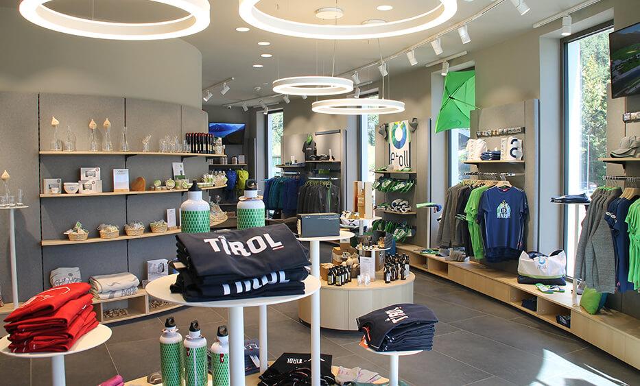 Atoll Achensee, shopeinrichtung, lichtdesign, shop design, lichtdesign, lichtkonzept