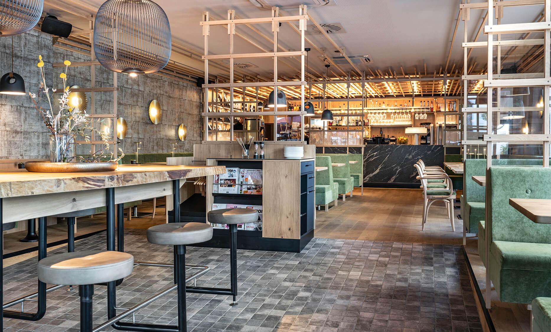 Steakhouse & Café 21